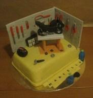 Torta moto e garage