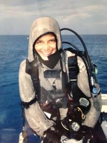 Sono cresciuta con il mare e la voglia di esserne sempre a contatto, il sogno d'avere degli squali per amici e il desiderio di non dover mai uscire dall'acqua...