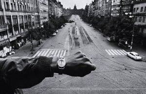 La Primavera di Praga attraverso gli scatti di Josef Koudelka