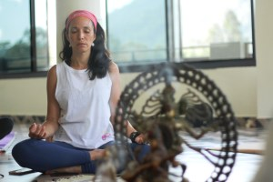 Ileanna Simancas medita