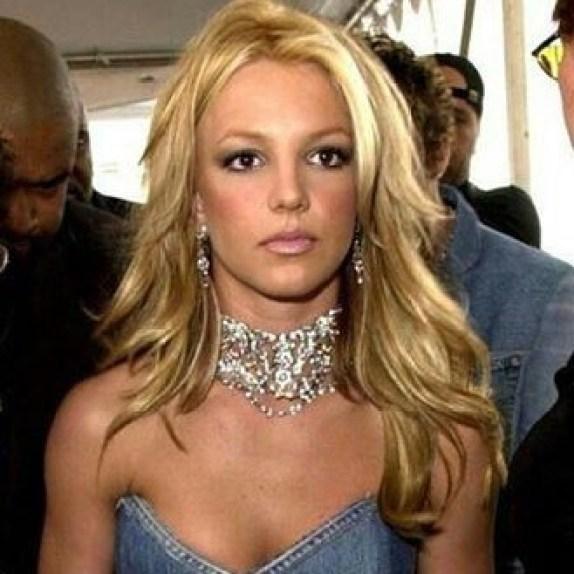 Britney Spears - choker