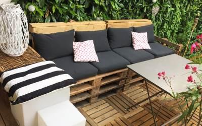DIY déco : Salon de jardin en palettes rapide & facile
