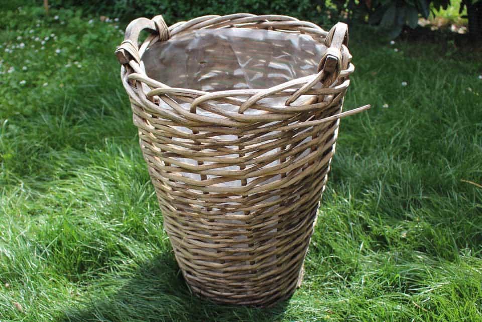 Diy d co customiser un panier en osier il etait une veggie - Comment faire un panier en osier ...