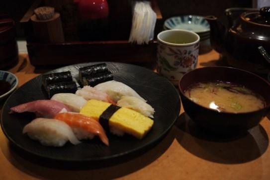P1180449_nigiri_setto