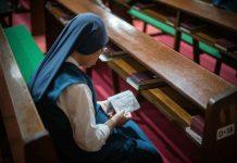 Suore barricate in convento