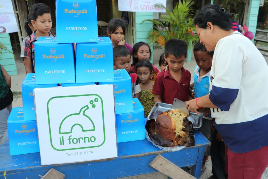 Christmas in Siem Reap 2019: Panettoni Donation