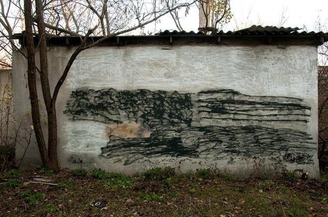 eas graffiti ukraine