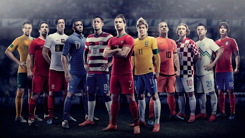 أجمل خلفيات وصور لاعبيين مشهورين و رياضيين في كرة القدم