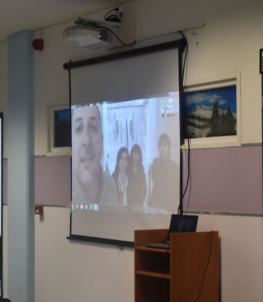 Μάθημα Ολυμπιακής Ιστορίας μέσω.... Skype