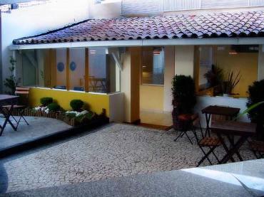 patio for the fanciest gay sauna in Salvador garotos de programa
