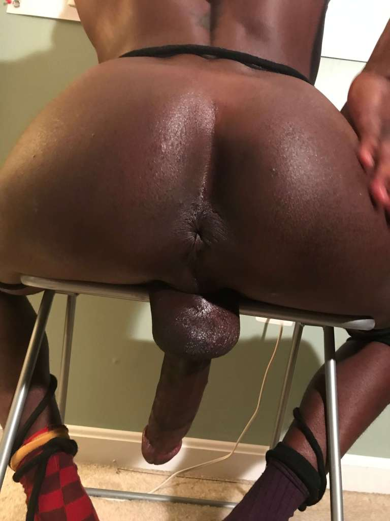 Kavalier ass and dick for threesome with two gay escorts