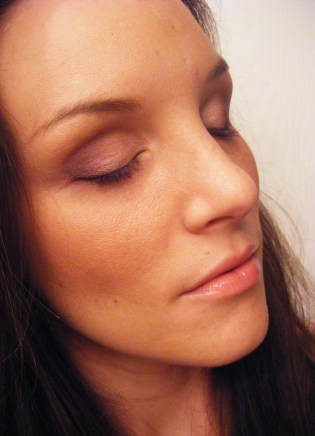 wearing Ferro cosmetics Final Faceshot 3 topa