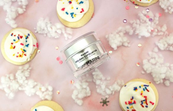 marini holiday exfoliator sugar cookie review by iliketotalkblog