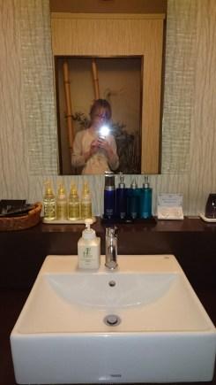 hotel enzo buzen japan mirror