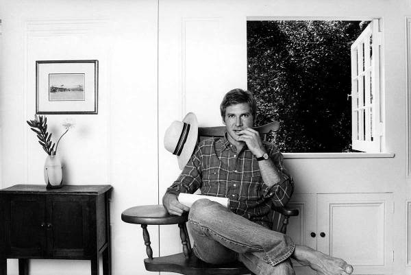 Harrison-Ford-in-is-home-in-Brentwood-early-1980s