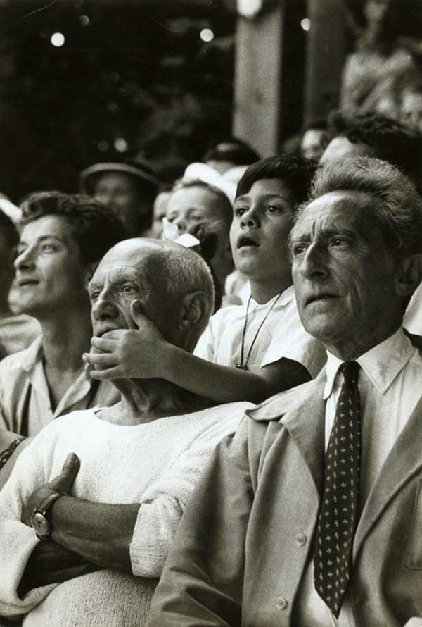 Pablo-Picasso-with-his-son-Claude-Picasso-and-Jean-Cocteau-at-a-Bullfight-in-France-1955