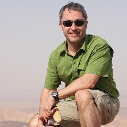Raul Pino ilivetotravel explorer blogger traveler