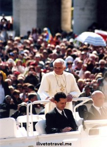 """Front row tickets to a Papal audience – feels good to be an """"IP"""""""