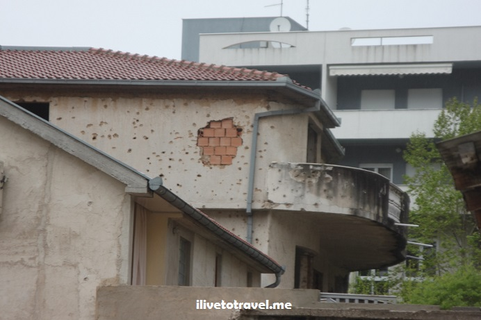 Bosnia, Mostar, Balkan War, war-damaged building, explore, travel