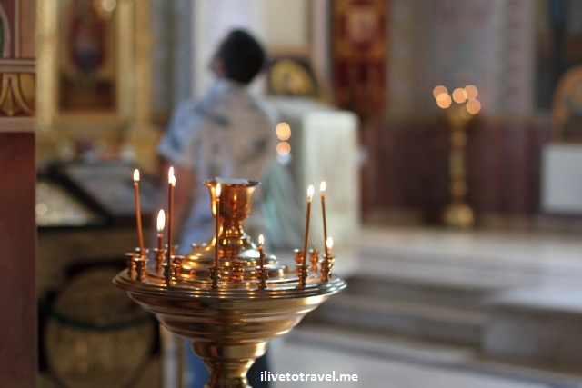 Candles at the Metropolitan Cathedral in Chisinau, Moldova