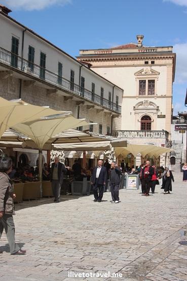 Café scene in old town Kotor, Montenegro Canon EOS Rebel