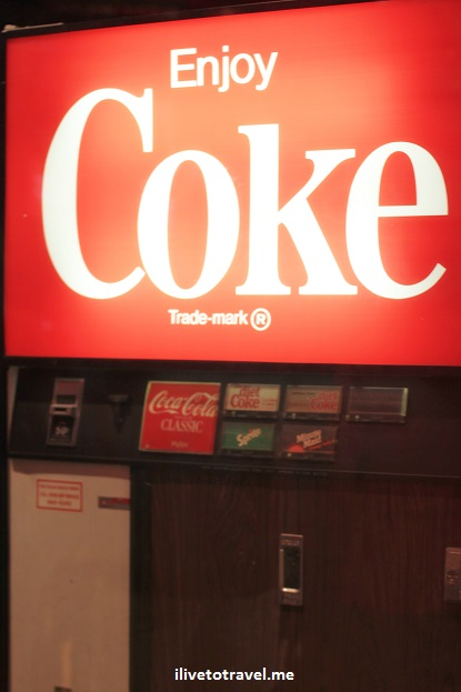 Coca-Cola, Coke, museum, World of Coca-Cola, heritage, history, soft drink, vending machine, vintage, Canon EOS Rebel, Atlanta