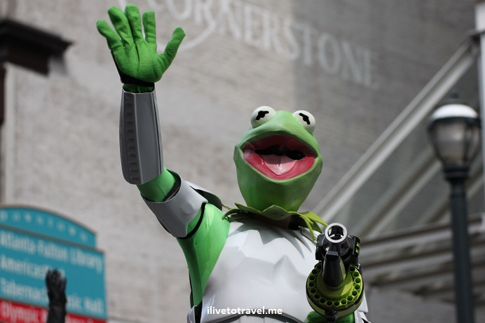 DragonCon, Dragon, Atlanta, parade, conference, convention, science fiction, fantasy, Canon EOS Rebel, Kermit the frog, Star Wars, stormtrooper
