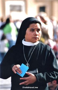 Easter Mass, nun, sister, The Vatican, St. Peter's Square, faithful, travel, photo, religion