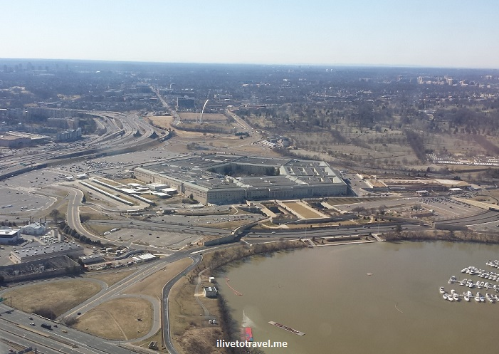 Pentagon, Washington, DC, takeoff, Reagan National, airport, view, airplane seat, photo, Samsung Galaxy, travel