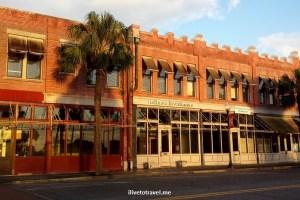 downtown, Brunswick, Georgia, red brick, architecture, charming, photos