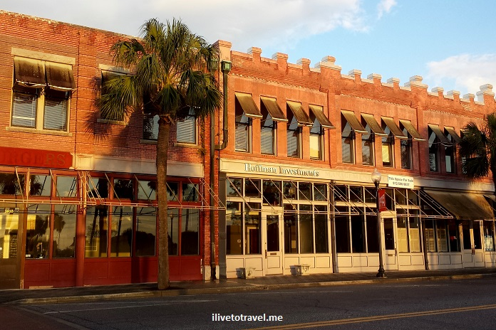 downtown, Brunswick, Georgia, red brick, architecture, charming, photos