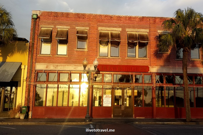 downtown, Brunswick, Georgia, red brick, architecture, charming, photos, sunset