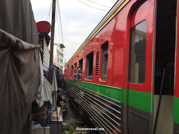 Bangkok, railroad market, Thailand, Mae Klong, travel, photo, train, market