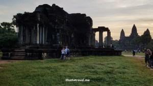 Angkor Wat, temple, Siem Reap, Cambodia, Cambodge, Camboya, travel, explore, viajes, Asia, photo, sunrise, sky, Samsung Galaxy, library