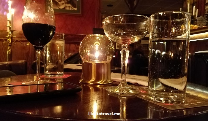 Sweden, Sverige, Uppsala, Samsung Galaxy S7, photo, travel, explore, bar, Churchill Arms