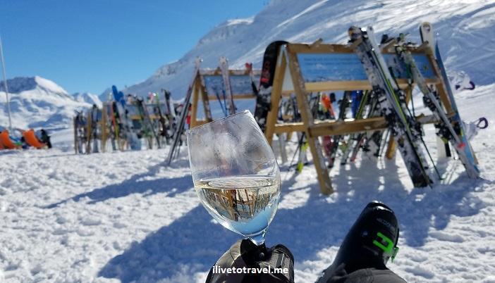 Oberlech, Lech, Austria, ski, skiing, slopes, apres ski