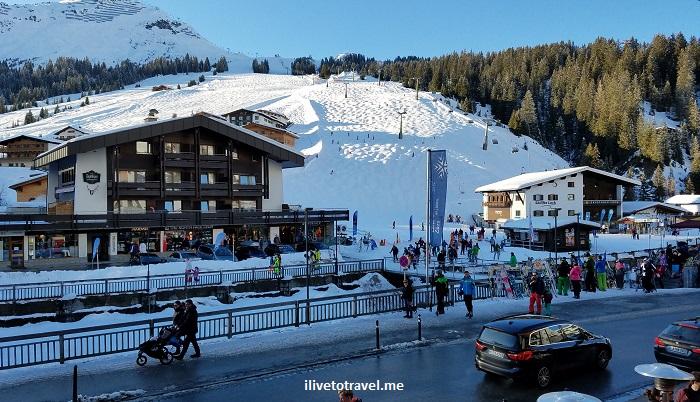 Lech, Vorarlberg, ski, skiing, Austria, lift, slope, snow, blue sky, Osterreich