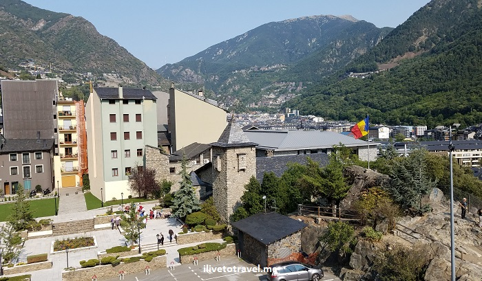 architecture, Andorra la Vella, Pyrenees, Andorra, drive, driving, Europe, travel, turismo, photo