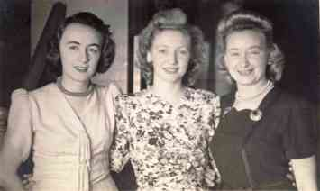 Marcia (Day) with Oyston sisters, Joyce Oyston on right