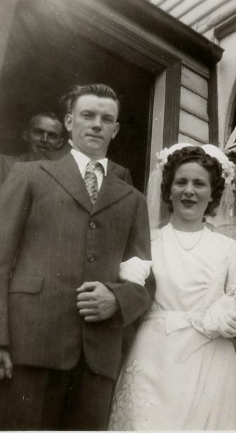 Fred & Joyce wedding 1946