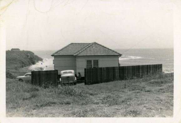 P32194 - Carol North's home - 1 Cater Street, Coledale - 1950's - 1960's