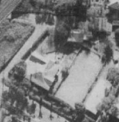 The Woodhill house, cabin, and tennis court - Austinmer Street (1961)