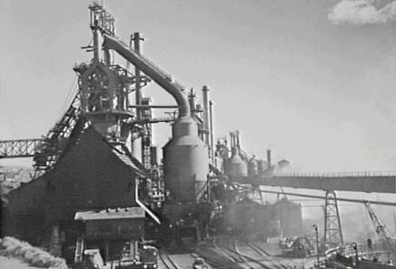 P06643 - Port Kembla steelworks - Blast furnace at No. 1 plant - 1960