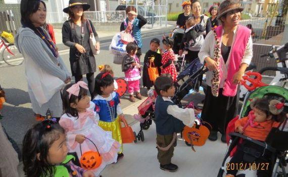 ハロウィンパーティー&パレード♪2012年10月27日㈯