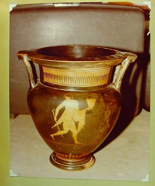 A red-figured krater withdrawn from auction at Christie's in Dec. 2014 after Christos Tsirogannis connected the image to David Swingler, who has been investigated by US Customs Authorities and was sentenced to prison in absentia in Italy