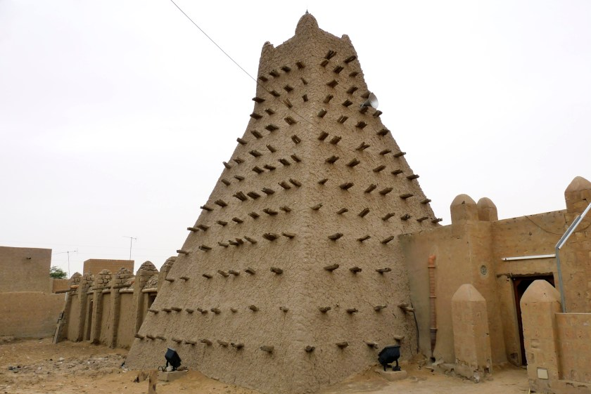 A traditional mud structure stands in the Malian city of Timbuktu May 15, 2012. Picture taken May 15, 2012. REUTERS/Adama Diarra