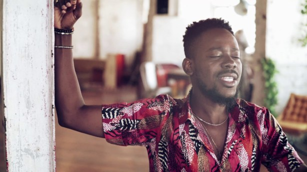 VIDEO + AUDIO: Adekunle Gold – Fame
