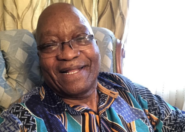Jacob Zuma's killer pose sends Twitter into overdrive