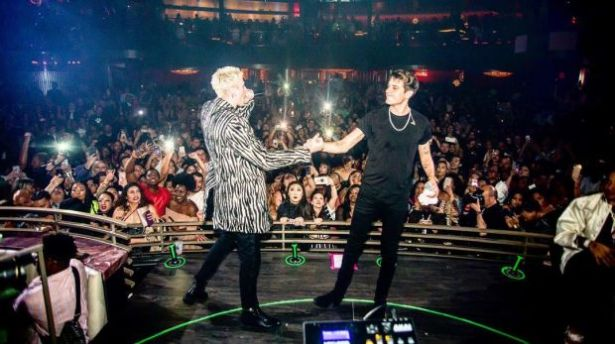 WATCH: G-eazy Brings Out Machine Gun Kelly In Las Vegas