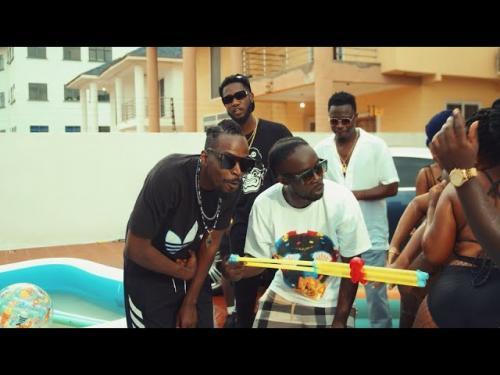 VIDEO: Kwaw Kese Ft. Yaw ToG, Skonti, Ypee, Akata Yesu – BumBum | mp4 Download
